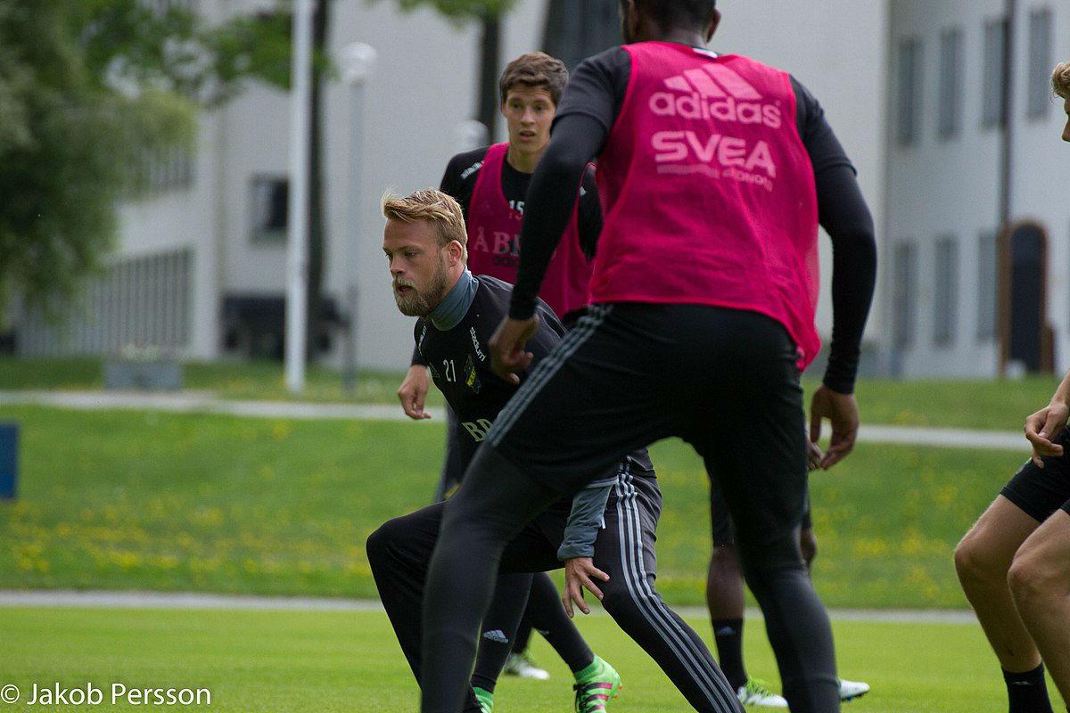 Sundgren stoppas från spel